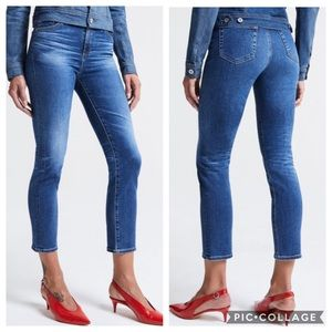 AG The Isabelle High-Rise Straight Crop Jean